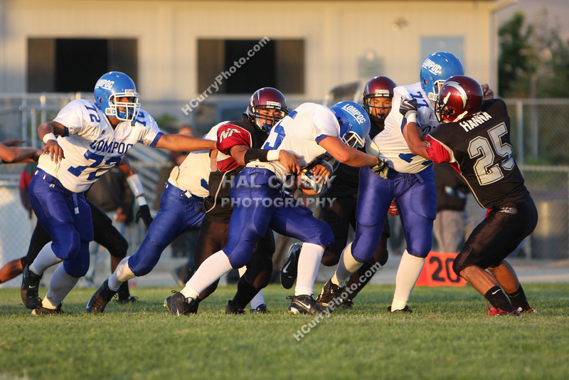 2009_fb_V_nip vs lompoc_022