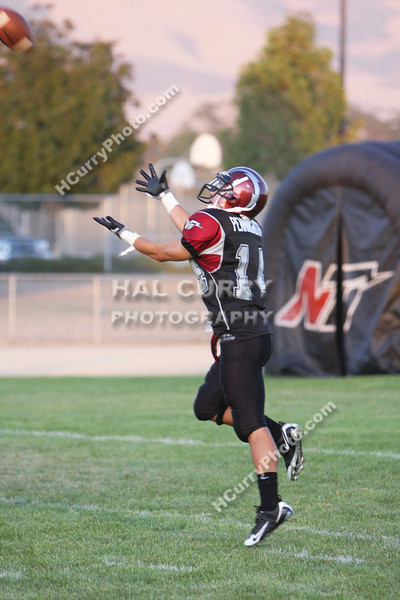 2009_fb_V_nip vs lompoc_035