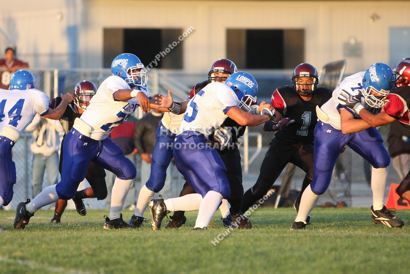 2009_fb_V_nip vs lompoc_021