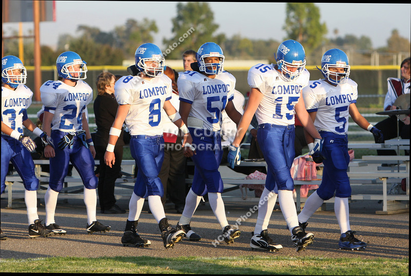 2009_fb_V_nip vs lompoc_172
