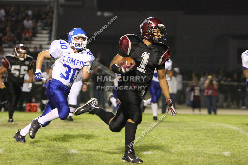 2009_fb_V_nip vs lompoc_068