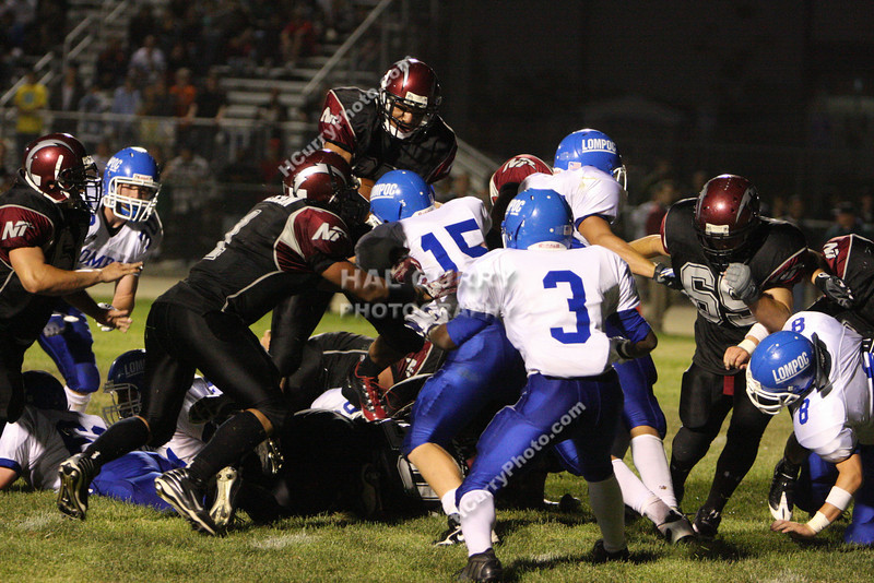 2009_fb_V_nip vs lompoc_075