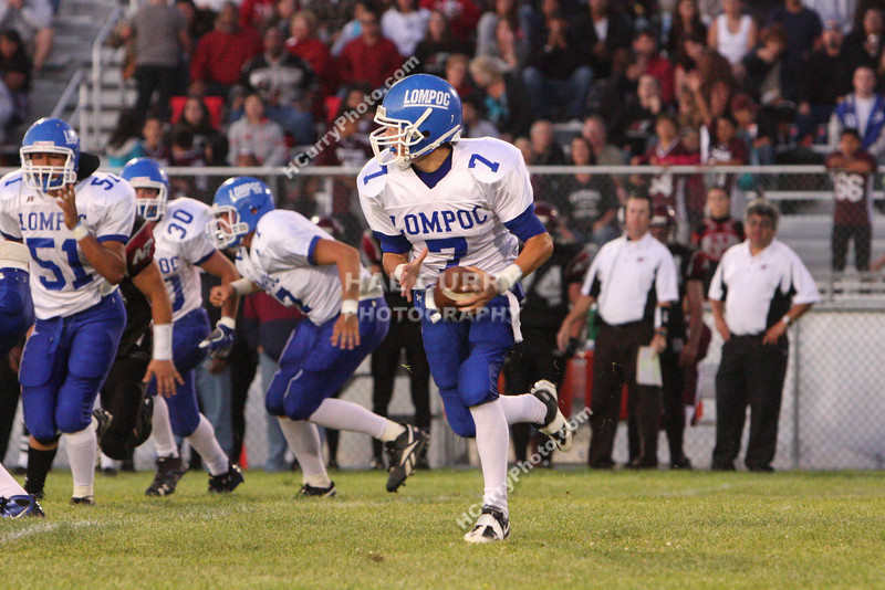 2009_fb_V_nip vs lompoc_211