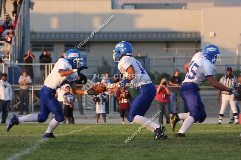 2009_fb_V_nip vs lompoc_194