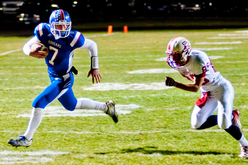 Conner QB #7 Drew Barker broke away for a 21 yard touchdown in the first quarter. Anderson Co. Defeated Conner 31-30.  (The Journal News/Scott Davis)