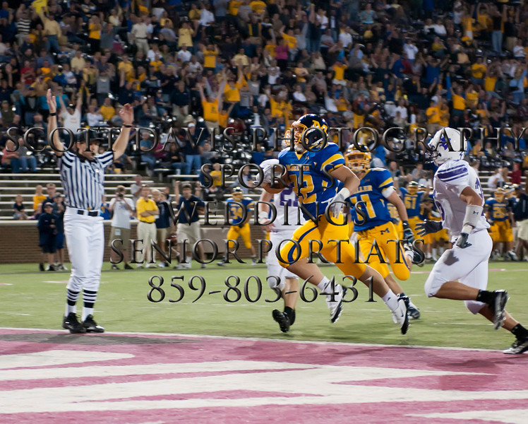 Moeller Vs Elder Nippert  Stadium 10-8-10 (CincySportsZone/Scott Davis)