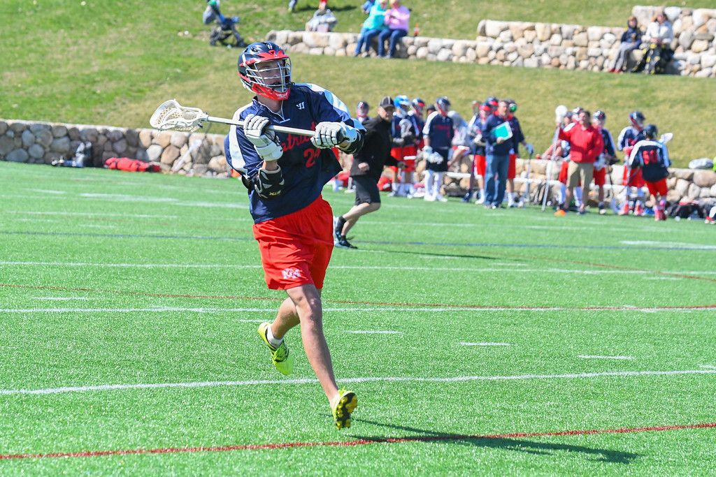 . North Middlesex\'s Jake Fitzgerald makes a pass. Nashoba Valley Voice/Ed Niser