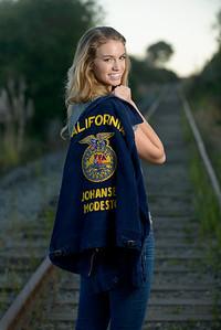 5502_d800b_Jillian_T_Capitola_Beach_Senior_Portrait_Photography