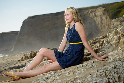 5067_d800_Emily_Santa_Cruz_Panther_Beach_Senior_Portrait_Photography