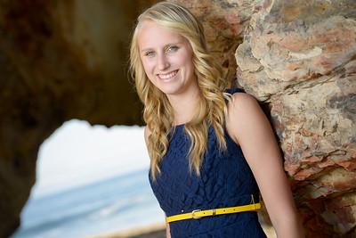 5047_d800_Emily_Santa_Cruz_Panther_Beach_Senior_Portrait_Photography