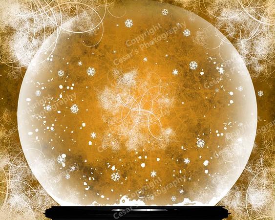 Snow Globe of Golden Wonderland (H)