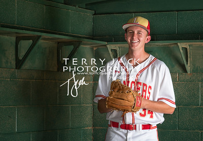 2017 Olu Baseball seniors-127-Edit