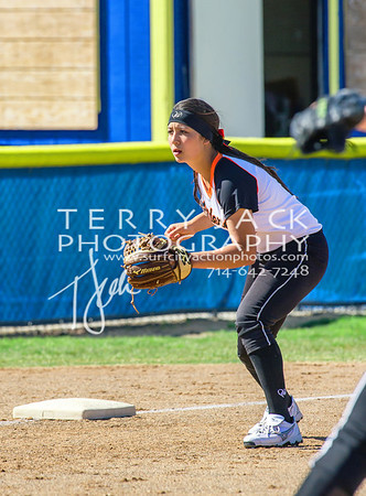 HB vs Fountain Valley Softball-068