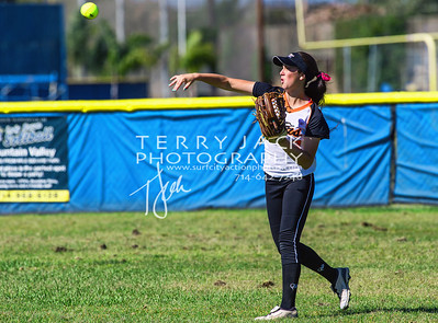 HB vs Fountain Valley Softball-051