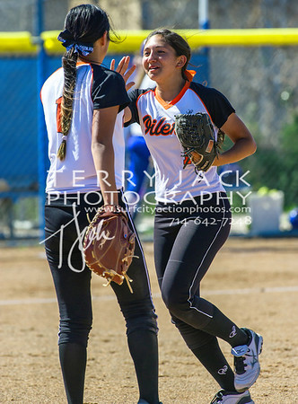 HB vs Fountain Valley Softball-085