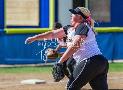 HB vs Fountain Valley Softball-067