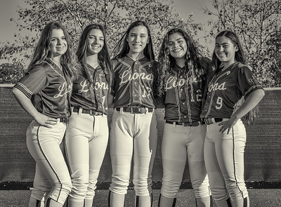 Jserra Softball  Group 2020-24nik