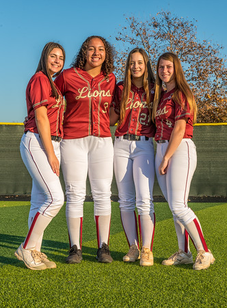 Jserra Softball  Group 2020-43