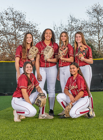 Jserra Softball  Group 2020-70