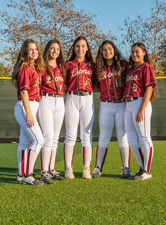 Jserra Softball  Group 2020-27