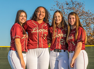Jserra Softball  Group 2020-39