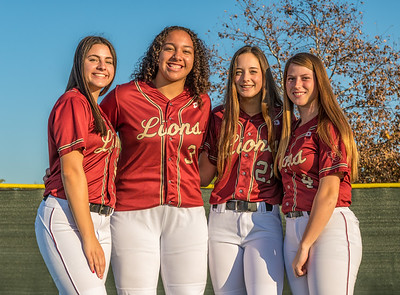 Jserra Softball  Group 2020-40