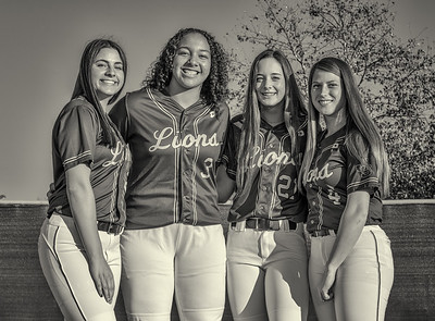 Jserra Softball  Group 2020-40nik