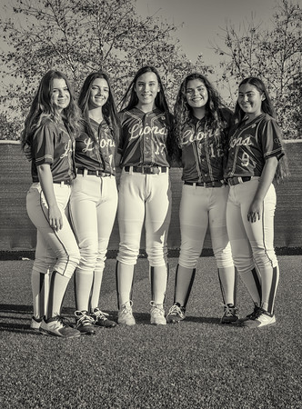 Jserra Softball  Group 2020-27nik