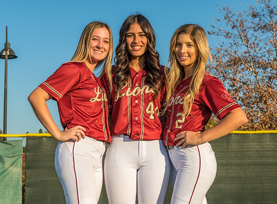 Jserra Softball  Group 2020-35