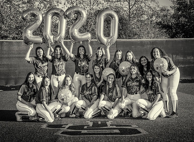 Jserra Softball  Group 2020-16 bw