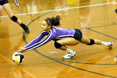 CHS Olivia Meyer-Massey #6 attempts to dig out spike