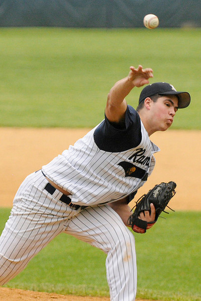 05/016/2010...Ramsey's pitcher Chris Mellis on the mound against Mahwah.<br /> PHOTO: KELLY BIRDSEYE