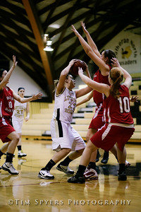 LHSS_G_Basketball_vs_DuBourg-20100113-158