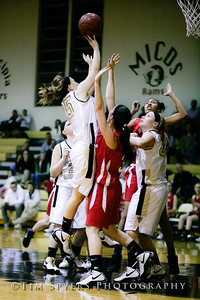 LHSS_G_Basketball_vs_DuBourg-20100113-135