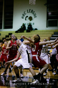 LHSS_G_Basketball_vs_DuBourg-20100113-163