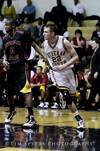 LHSS_Basketball_vs_North-20091218-445