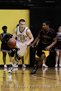 LHSS_Basketball_vs_North-20091218-602