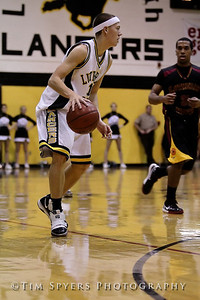 LHSS_Basketball_vs_North-20091218-370