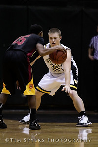 LHSS_Basketball_vs_North-20091218-252