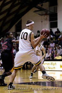 LHSS_Basketball_vs_North-20091218-412