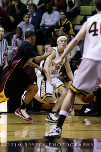 LHSS_Basketball_vs_North-20091218-473