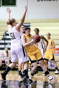 LHSS_G_Basketball_vs_Oakville-20091222-417