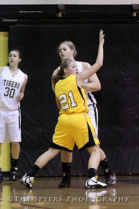 LHSS_G_Basketball_vs_Oakville-20091222-269