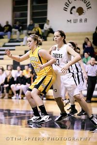 LHSS_G_Basketball_vs_Oakville-20091222-439