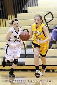 LHSS_G_Basketball_vs_Oakville-20091222-253