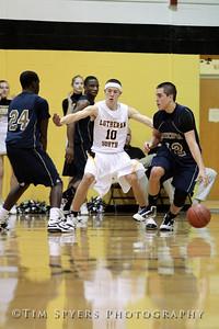 LHSS_Basketball_vs_Principia-20100119-259