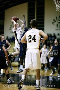 LHSS_Basketball_vs_Principia-20100119-70