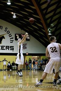 LHSS_Basketball_vs_Principia-20100119-40
