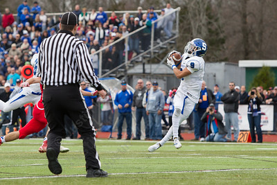 Southington's Anthony Plantamuro (9) comes up with the deep ball for a touchdown Thursday at Alumni Field for the Apple Classic Thanksgiving Day game in Cheshire Nov. 26, 2015 | Justin Weekes / For the Record-Journal