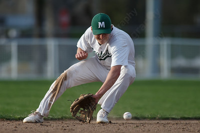 Maloney's Elliot Good fields a hit Wednesday at Ceppa Field in Meriden May 2, 2018 | Justin Weekes / Special to the Record-Journal